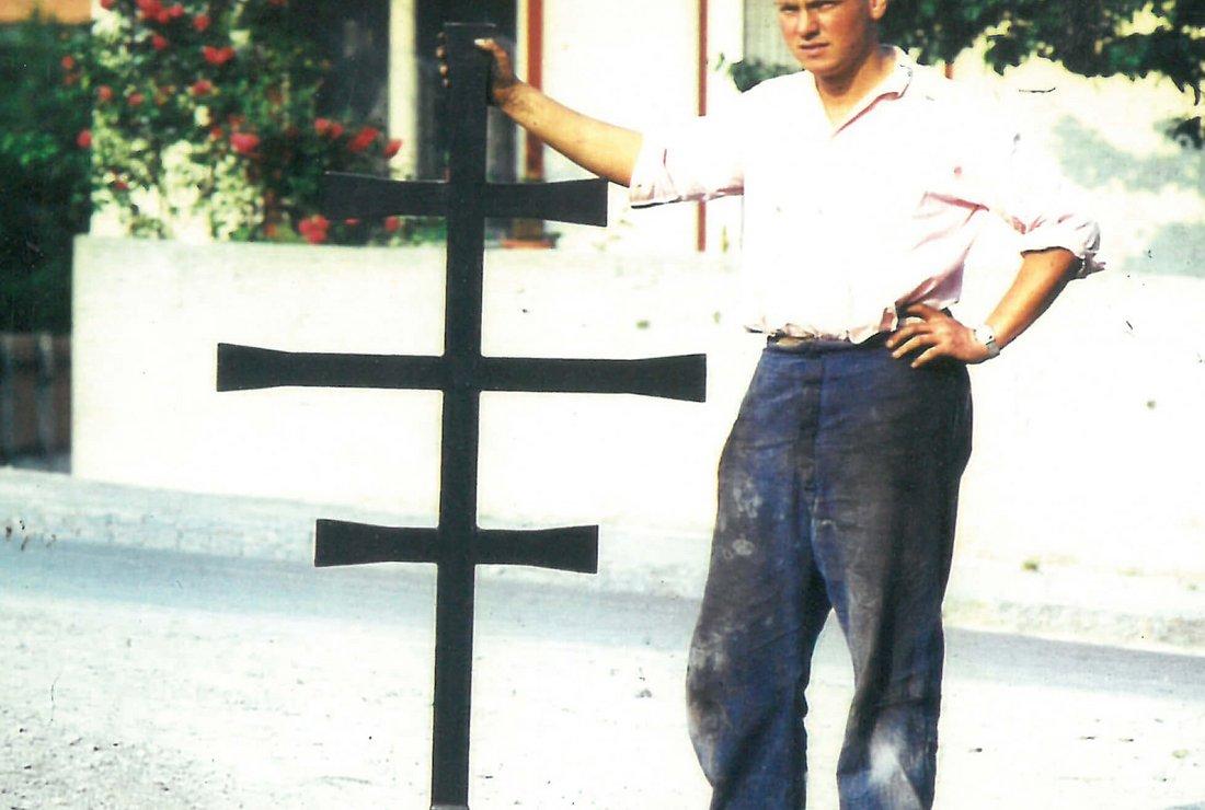 Max Pernlochner jun. mit Kirchturmkreuz